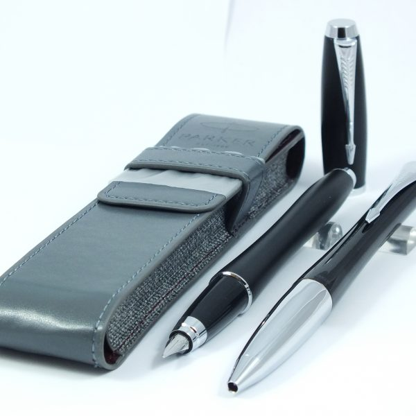 Parker Urban Muted Black - luxusná sada guľôčkové a plniace pero v koženom puzdre